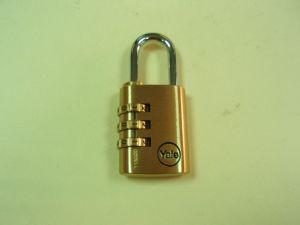 Катинар YALE CLASSIC от масивен месинг, тяло 31х41мм, стоманена арка: ф.4мм/h=26мм, с комбинатор, /SKIN-опаковка х 1бр/.