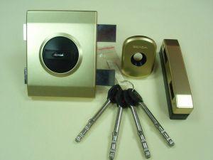 Брава GERDA TYTAN ZX PLUS LKL, допълнителна с врътка и удължени ключове .Цвят злато.Лява.